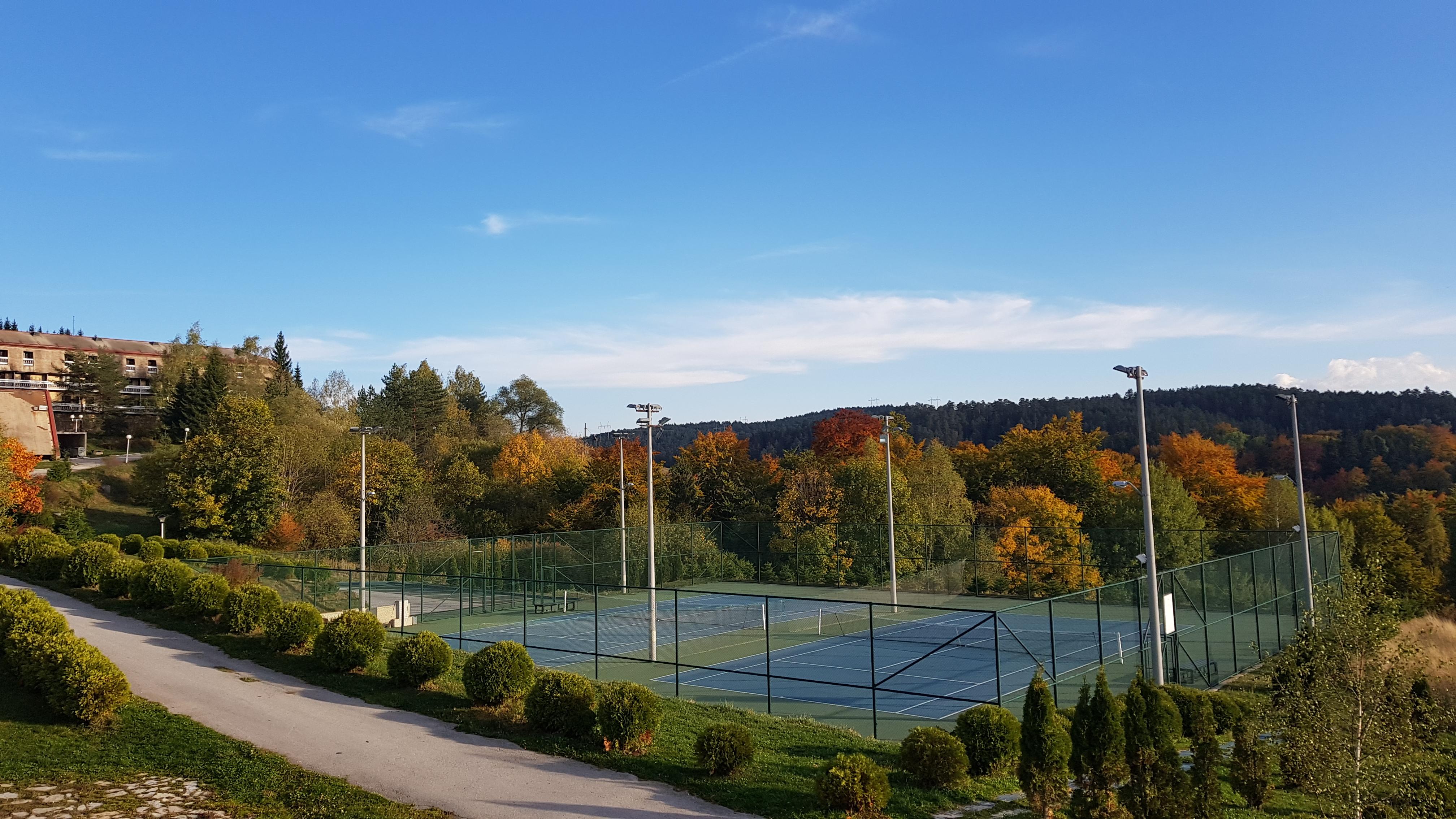 teniski tereni - Beli Bor