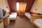 Trokrevetna soba (1)